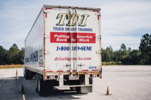 How to Find the Best Truck Driving School for Veterans